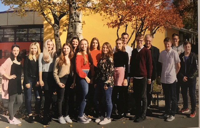 """Students and teacher in Lichtenfels, Germany who worked on the """"13 Jewish Drivers Licenses"""" project"""