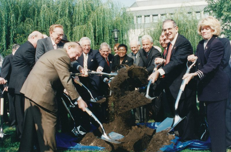A ceremonial groundbreaking of the East Wing (later named the Robert M. Morgenthau Wing), a major Museum expansion, occurred in 2000.
